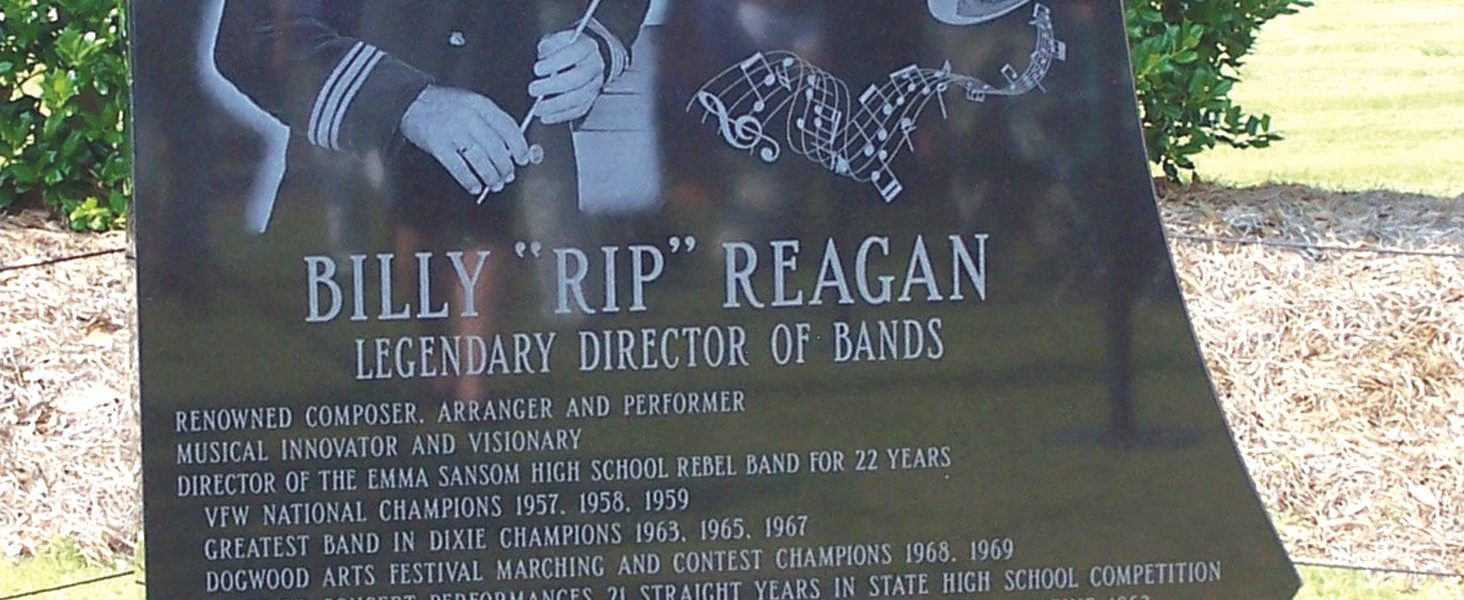 Rebels band together for Rip Reagan
