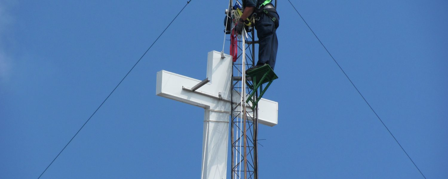 Riverview to replace cross, rededicate new one June 23