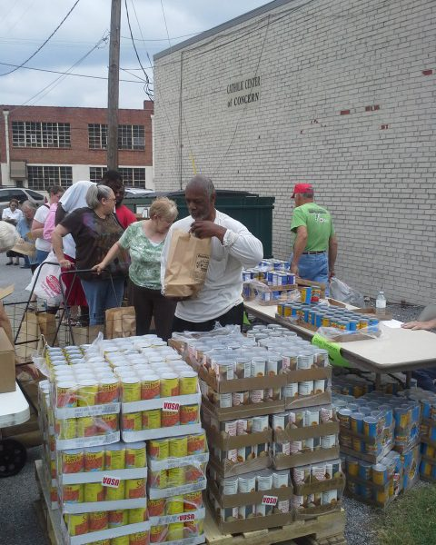 Catholic Center begins charitable holiday projects