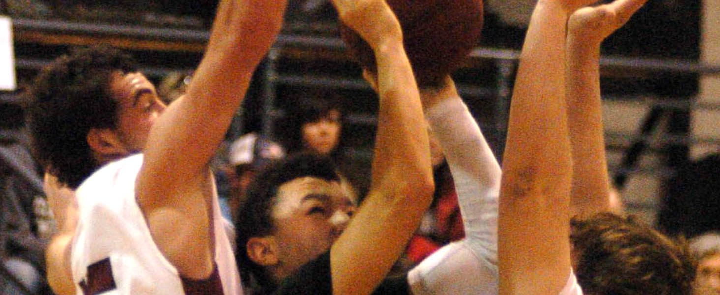 Bulldogs shut down Sardis in county semifinals