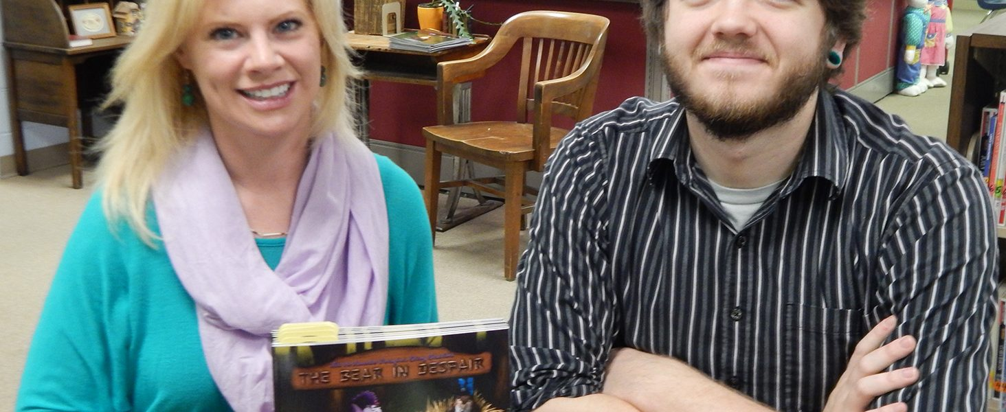 Gadsden alums share book at their schools