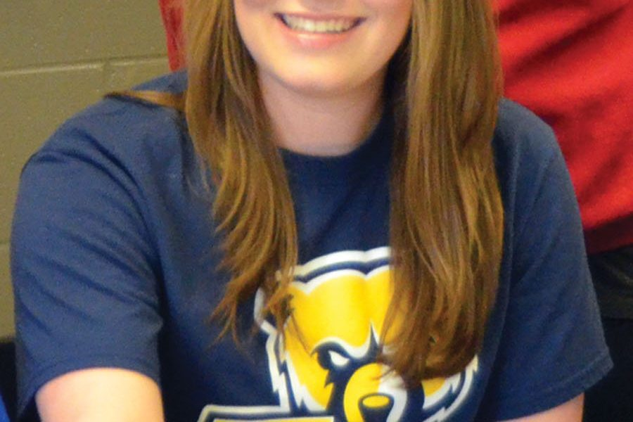 Southside's Harris signs scholarship