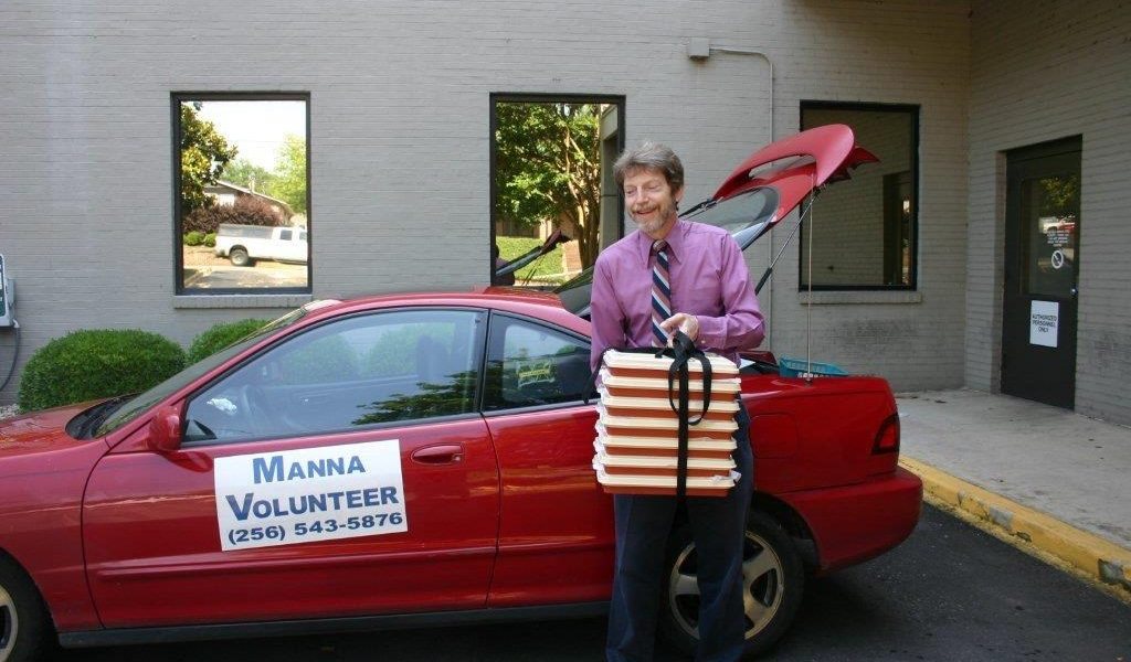MANNA searches for weekly volunteers