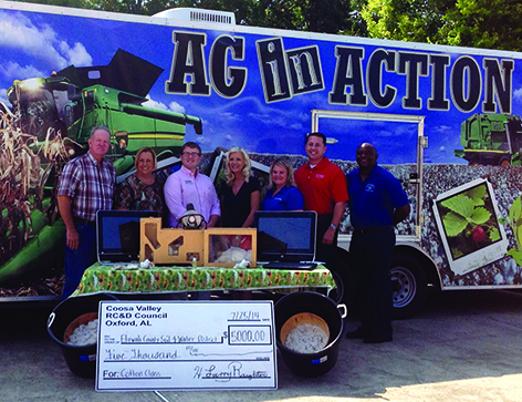 $5000 grant benefits agriculture students