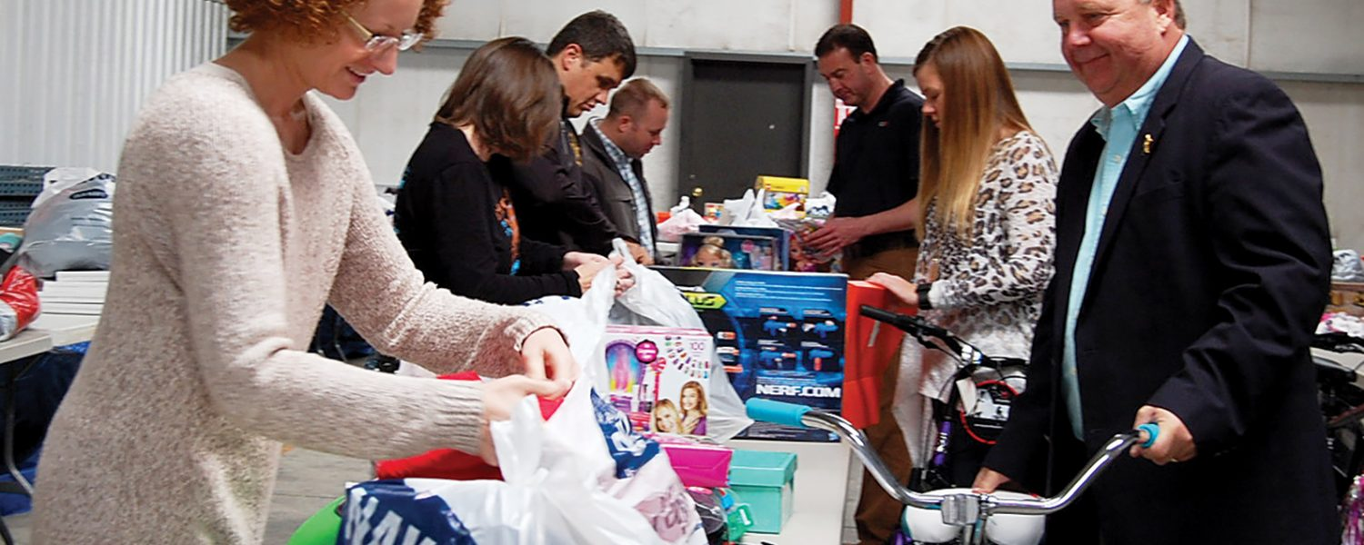Sheriff's charities to provide gifts for children