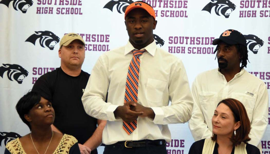 Panthers' Williams signs with Auburn