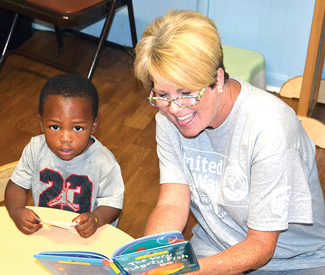 United Way of Etowah County holds Day of Action