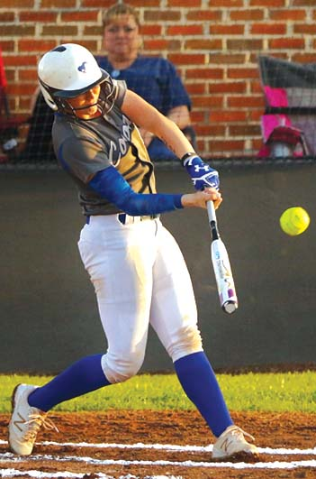 Coosa's Hampton highlights All-Messenger softball team