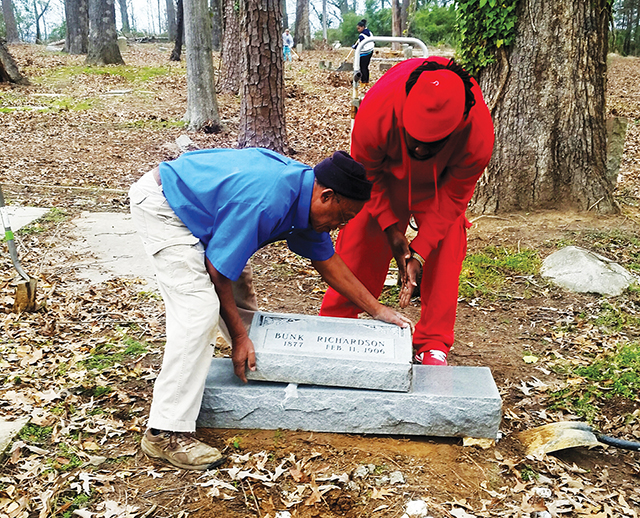 Grace Heritage working to repair Sixth Street Cemetery