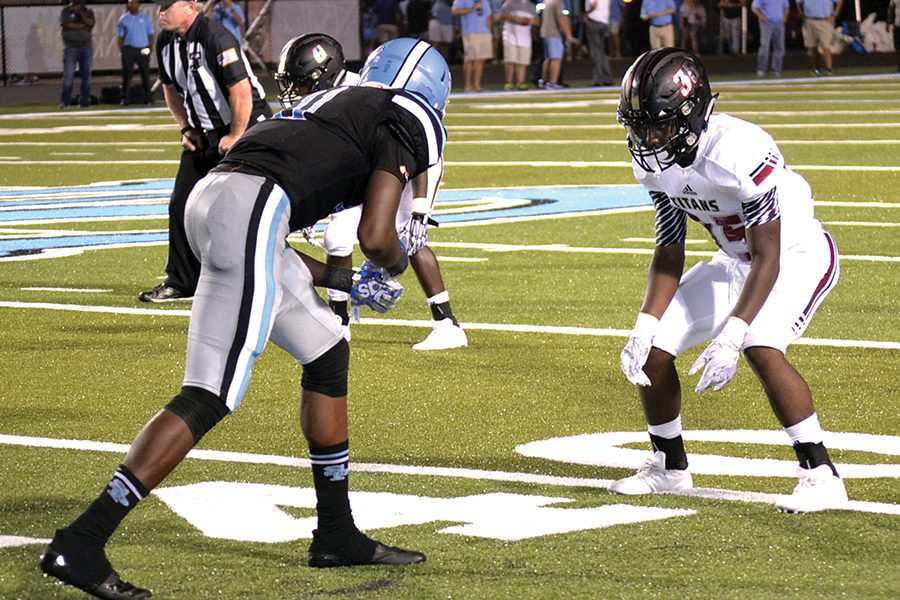Titans fall short against Spain Park in Sessions' debut