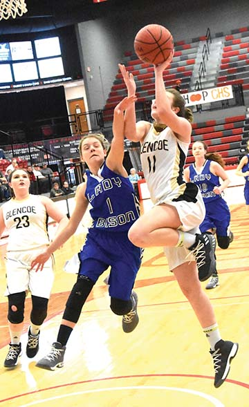 Lady Yellow Jackets rally past NSM in regional semifinals