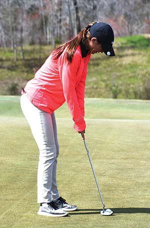 Locals golf teams compete in Yellow Jacket Invitational