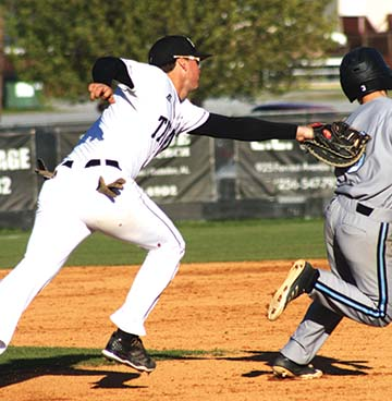 Spain Park trips up Titans
