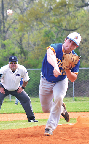 Mustangs clip Coosa Christian in area action