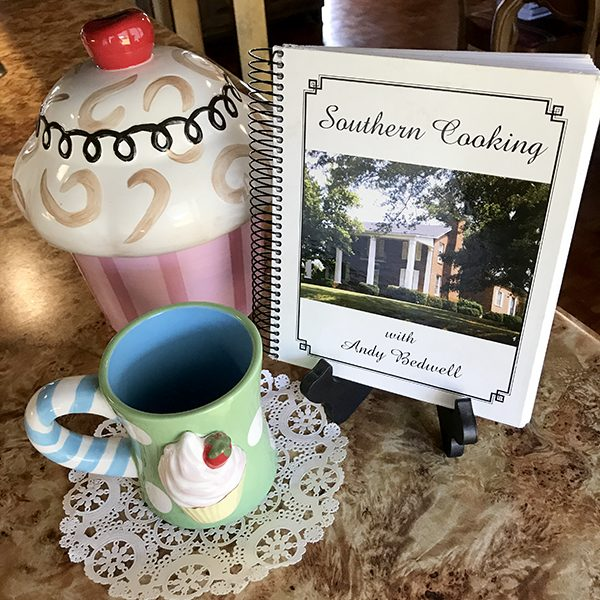 Southern Cooking: Queen Anne's Lace Cake and Fresh Peach Pound Cake