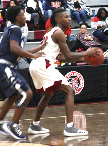 Gadsden City cagers sweep Clay-Chalkville