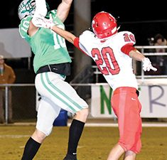 Eagles fly past Central-Florence, 38-14