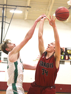 Late surge pushes Eagles past Sardis